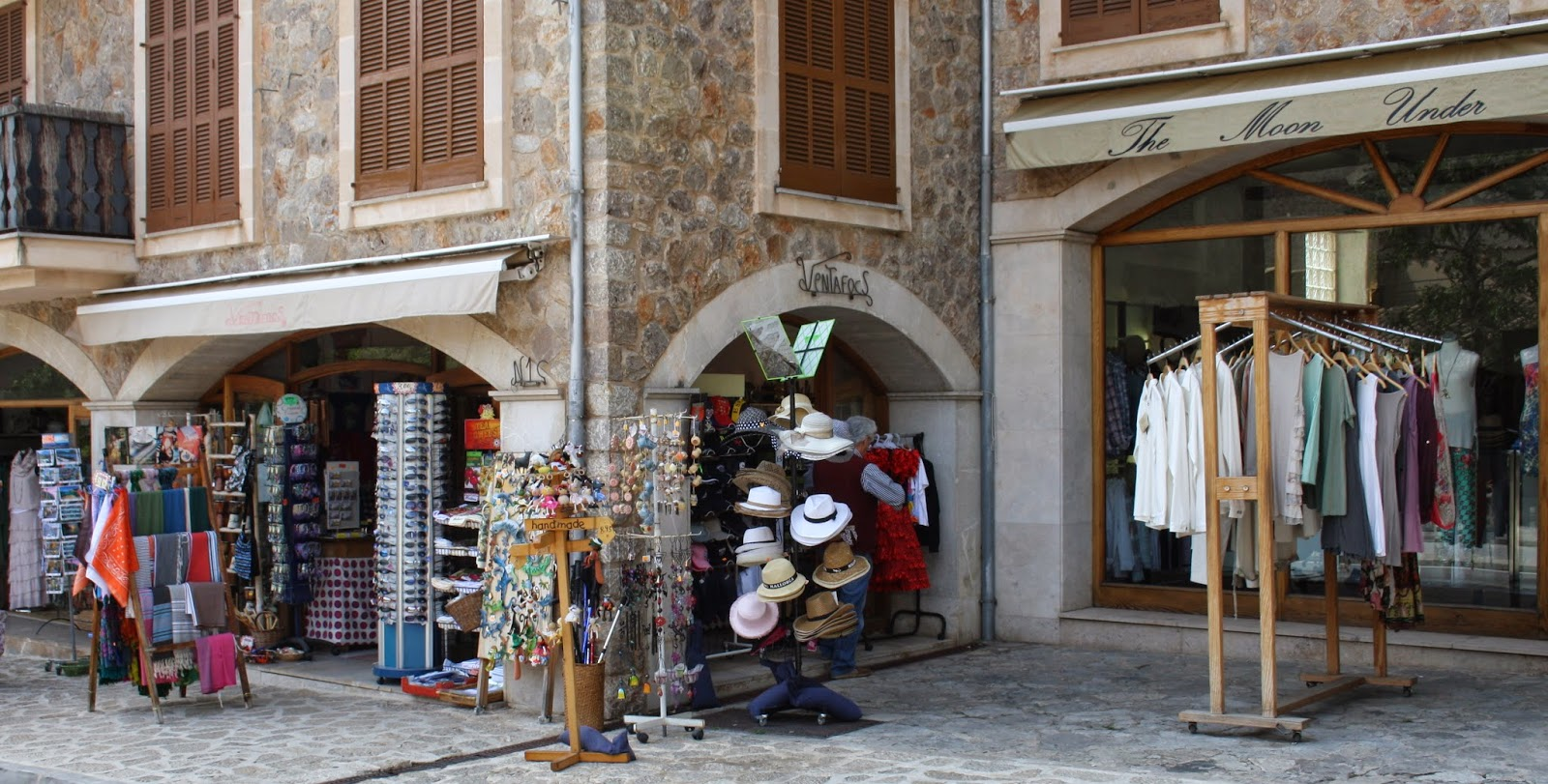 tiendas de valldemossa