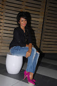 Tejaswi madivada glamorous photos-thumbnail-6