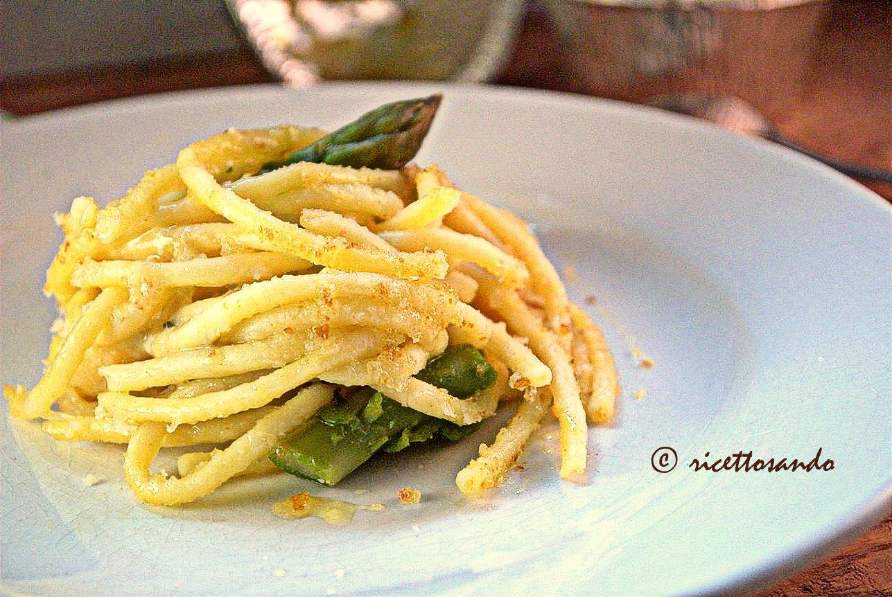 Timballino di bucatini con patate  zola e asparagi ricetta primi