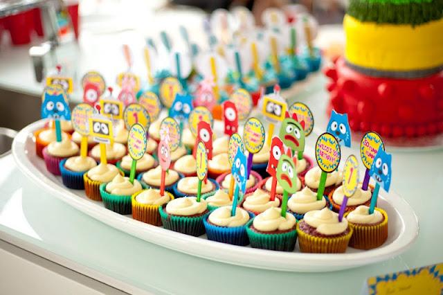 Kara 39 s party ideas yo gabba gabba 1st birthday monster for Decor yo pops