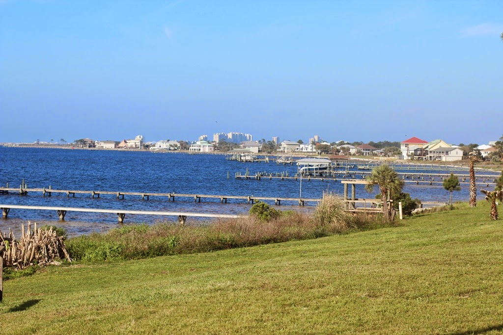 Waterfront Homes in Seaglades Community, Pensacola, FL 32507