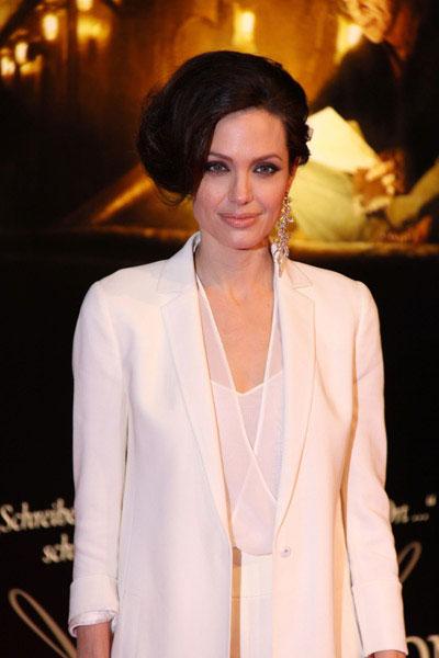 Angelina jolie images 2013
