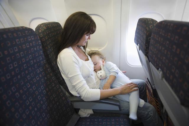 Nyaman Mudik Dengan Bayi Naik Angkutan Umum
