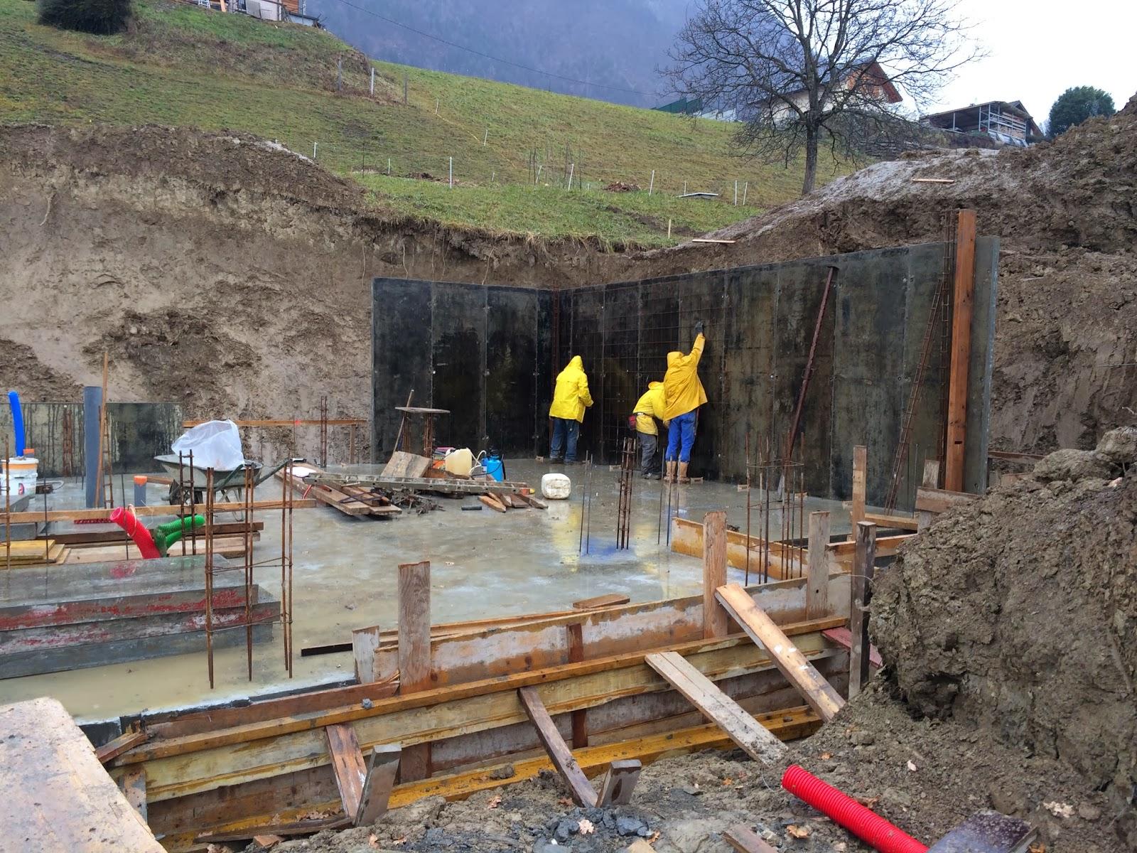 Notre maison en bois les fondations for Maison en beton banche
