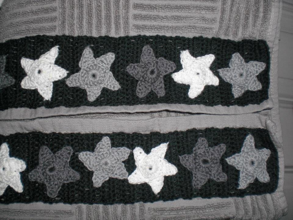 Håndklæde med hæklet bort