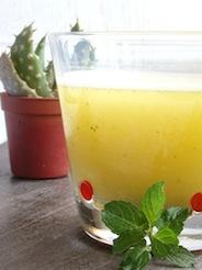 la frutta dolce, salata - bevande e snack per aperitivo