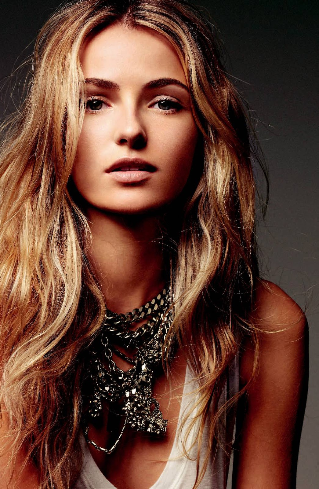 Valentina Zelyaeva | My Hair Care Regime