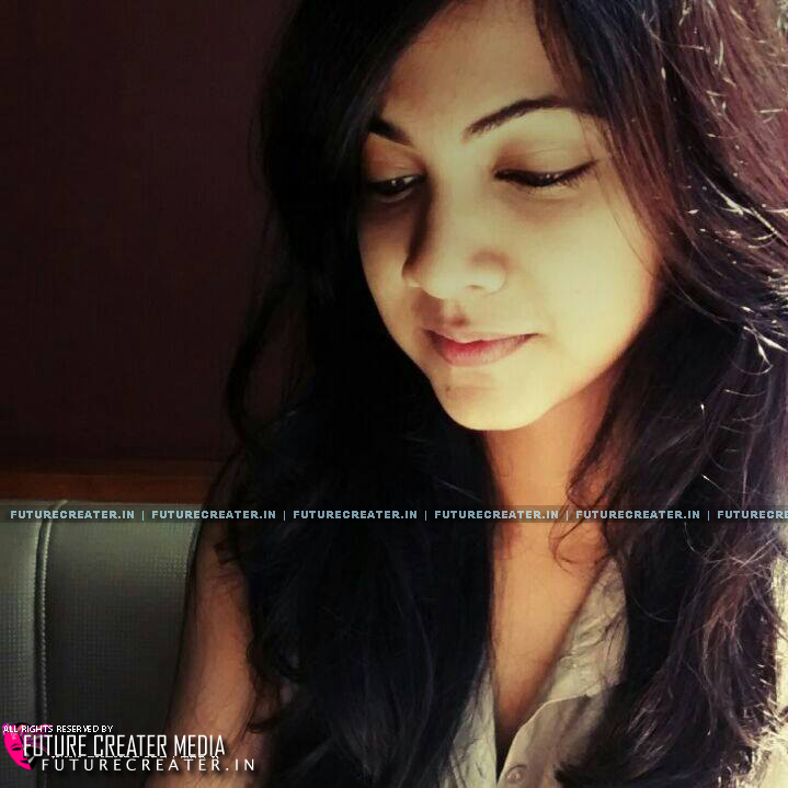 Madonna Sebastian with Glittering eyes and Lovely Voice :Profile