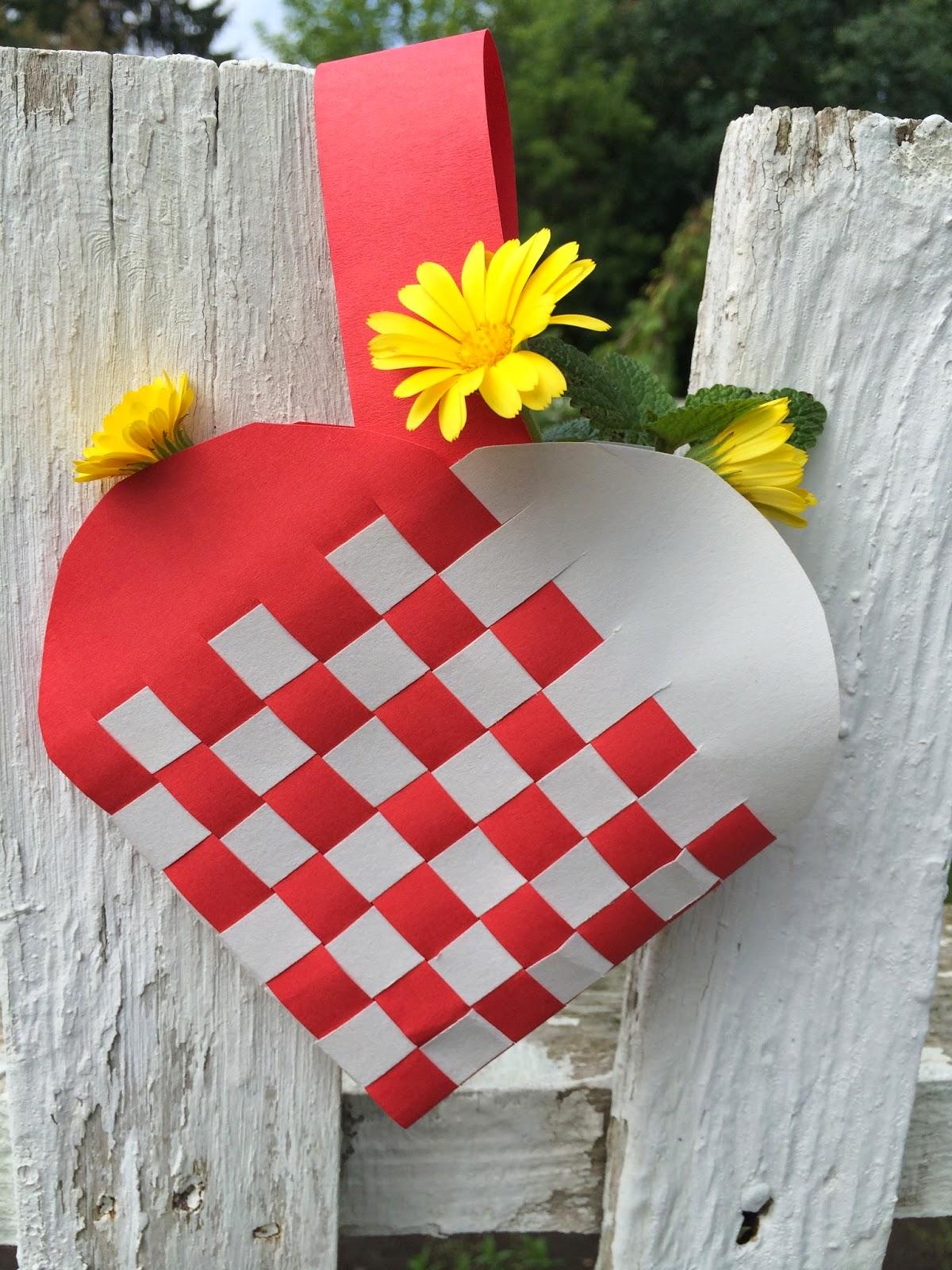 Woven Heart Basket Craft : Heart and hand festival woven basket