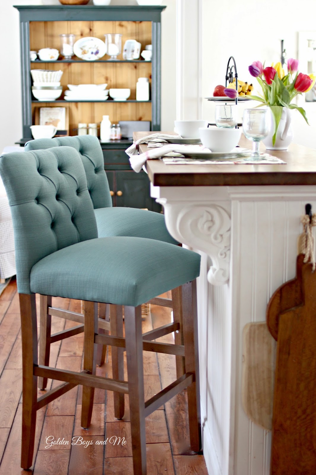 Target Threshold Tufted bar stool-www.goldenboysandme.com