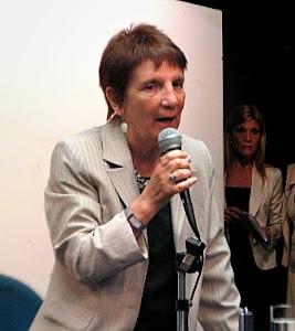 Olga Hammar 19 de setiembre 18 hs.Peru 160