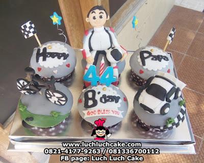 Cupcake Tema Balapan Mobil dan Sepeda