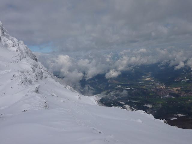 Esqui de montaña:Aranzazu-Sierrra de Aitzkorri