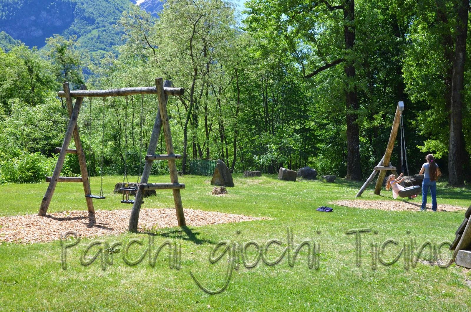 Parchi giochi ticino parco giochi malvaglia valle di blenio for Altalena con ponte