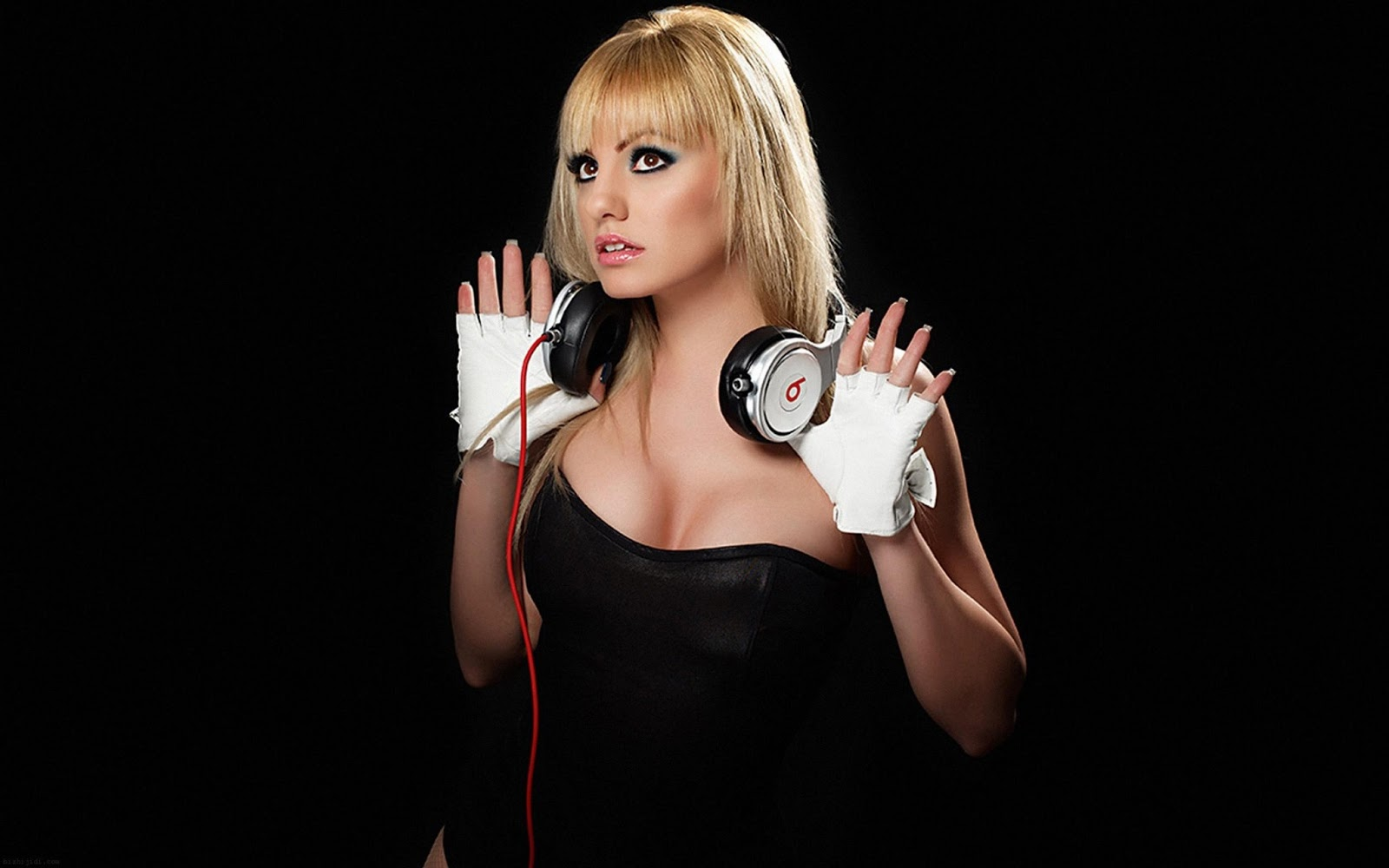 Girl with Dre beats