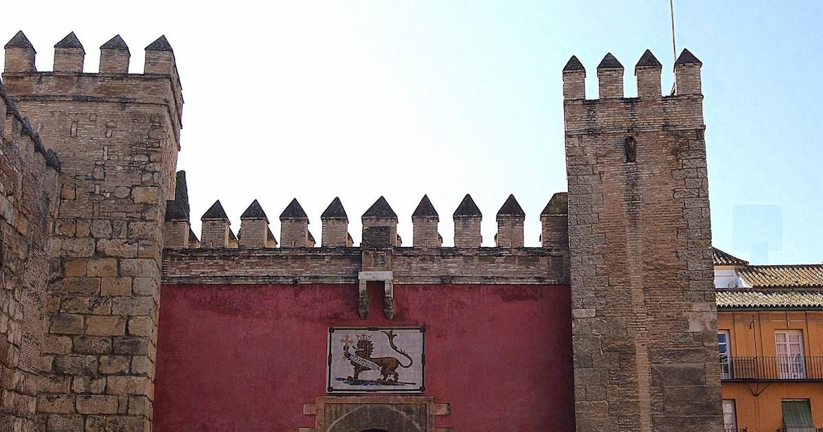 Leyendas de sevilla reales alc zares de sevilla ii el for Puerta 4 del jockey