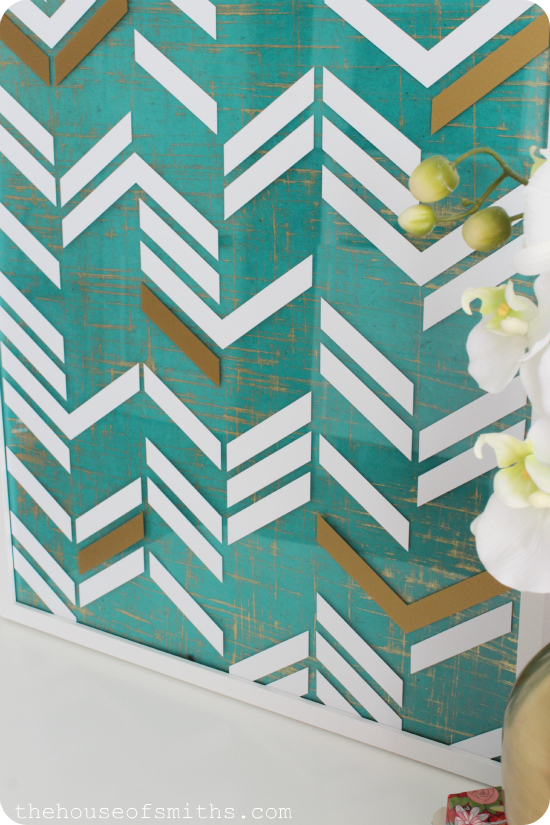 DIY scattered herringbone framed wall art project - thehouseofsmiths.com