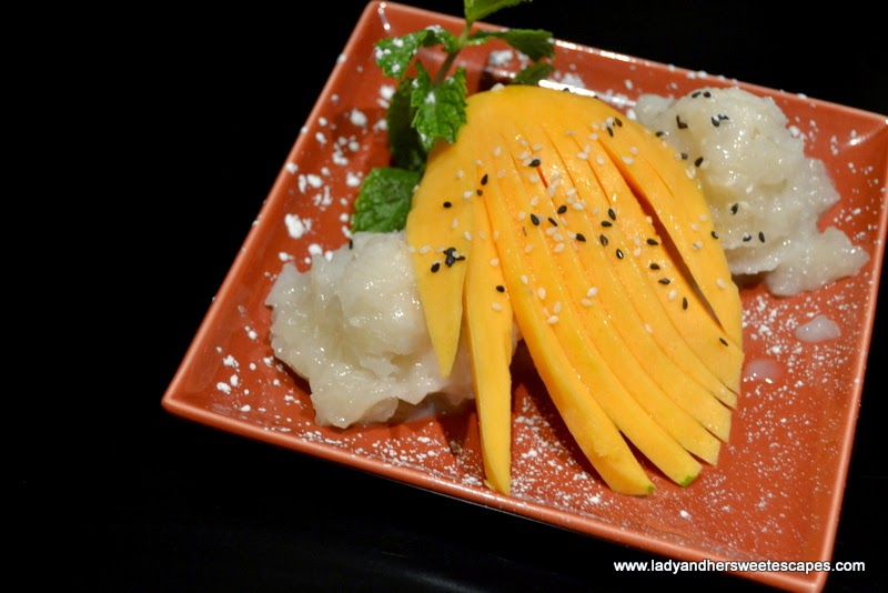 sticky rice with coconut milk and mango at Dragon's Place
