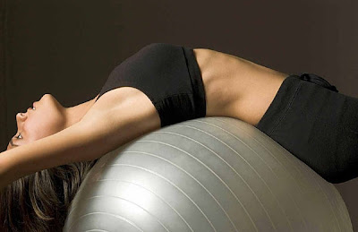 Top é bom para evitar impacto, desconforto e lesões nos seios, em exercícios físicos.