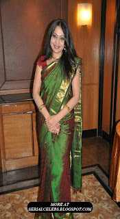 vijay tv actress ramya in silk saree