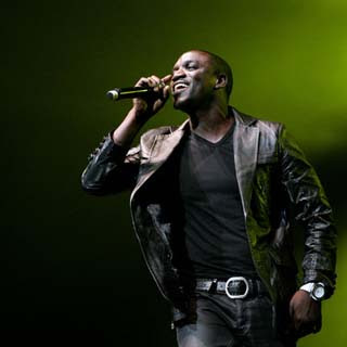 Akon - Can You Believe Lyrics | Letras | Lirik | Tekst | Text | Testo | Paroles - Source: emp3musicdownload.blogspot.com