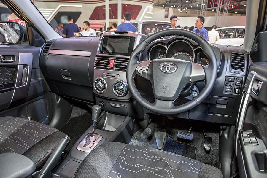 Interior New Toyota Rush 2015 Toyota Astra Indonesia