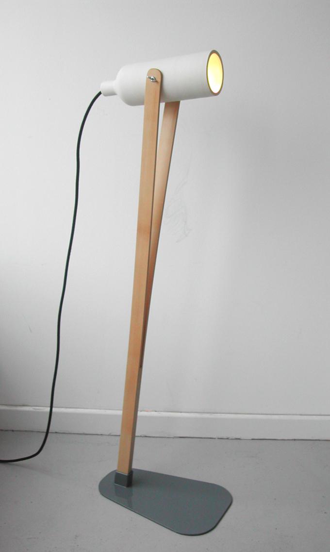 Ilia estudio interiorismo: jump, lámpara de cerámica y madera de ...