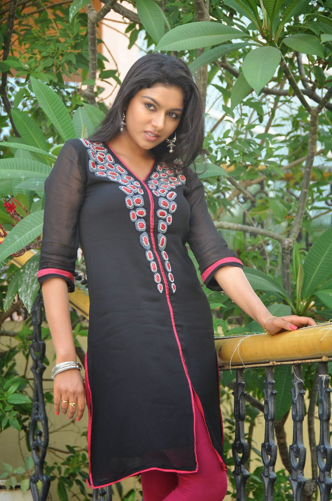 Akshaya glam photo shoot gallery-HQ-Photo-15