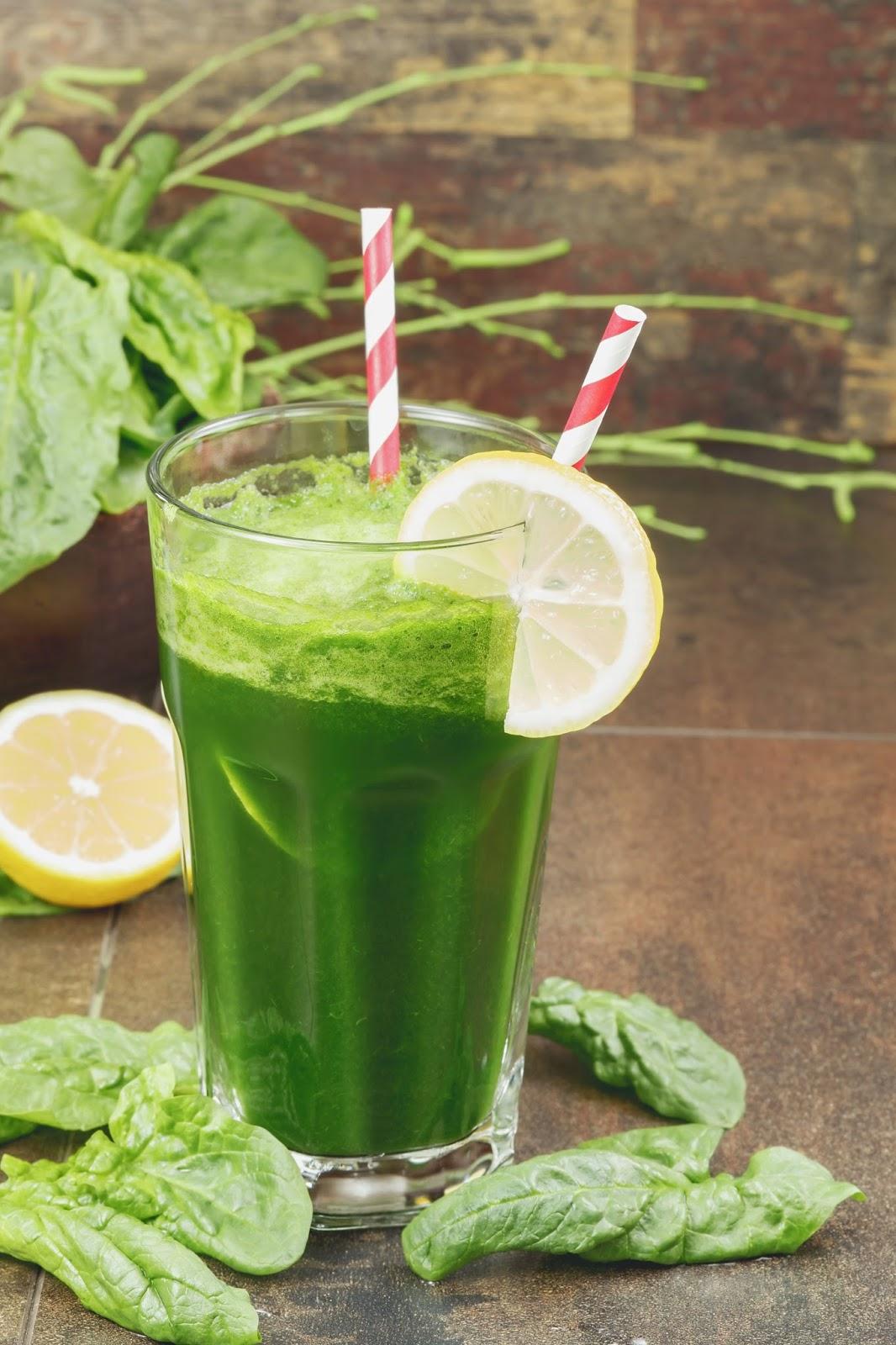Zelf groene smoothies maken: spinazie - banaan - avocado                    Hennepzaad & Hennepzaadolie