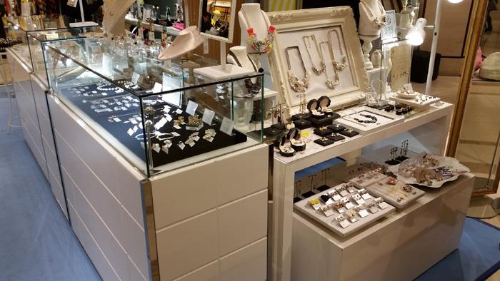 REFIC blog: テアトロin梅田阪急 「妄想百貨店」