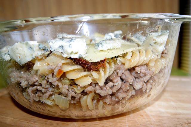makaron zapiekany z mięsem