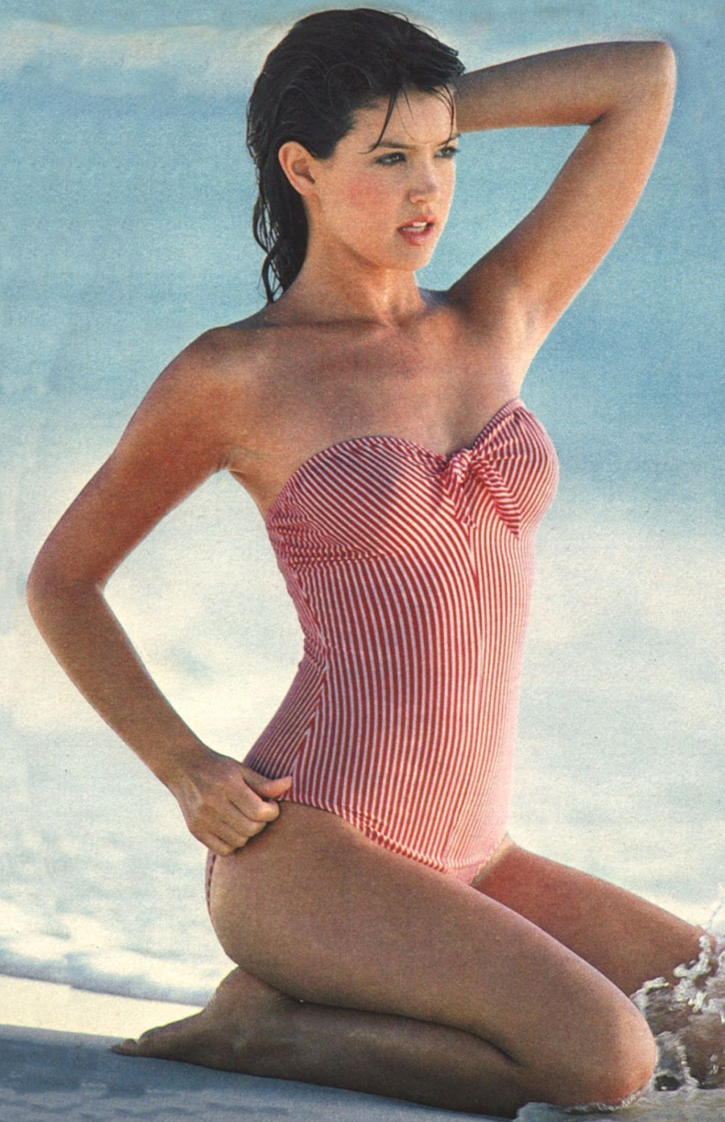 phoebe-cates-celebs-in-swimwear-13687956-1100-1700.jpg