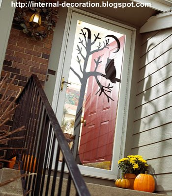 Craft Ideas Halloween Door Decorating on Decorating  Halloween Door Decor Ideas 2011