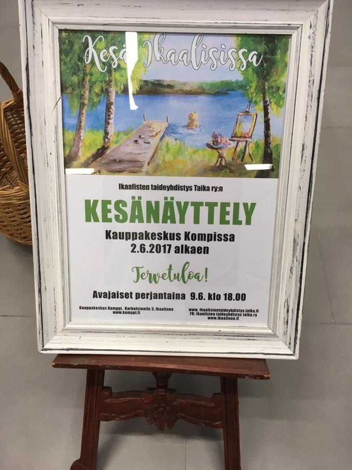 KESÄNÄYTTELY KOMPISSA