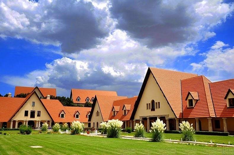 المنازل في افران وسط الخضرة