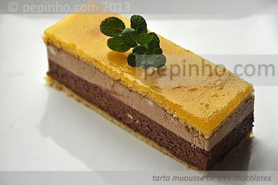 Tarta mousse de tres chocolates (o casi)