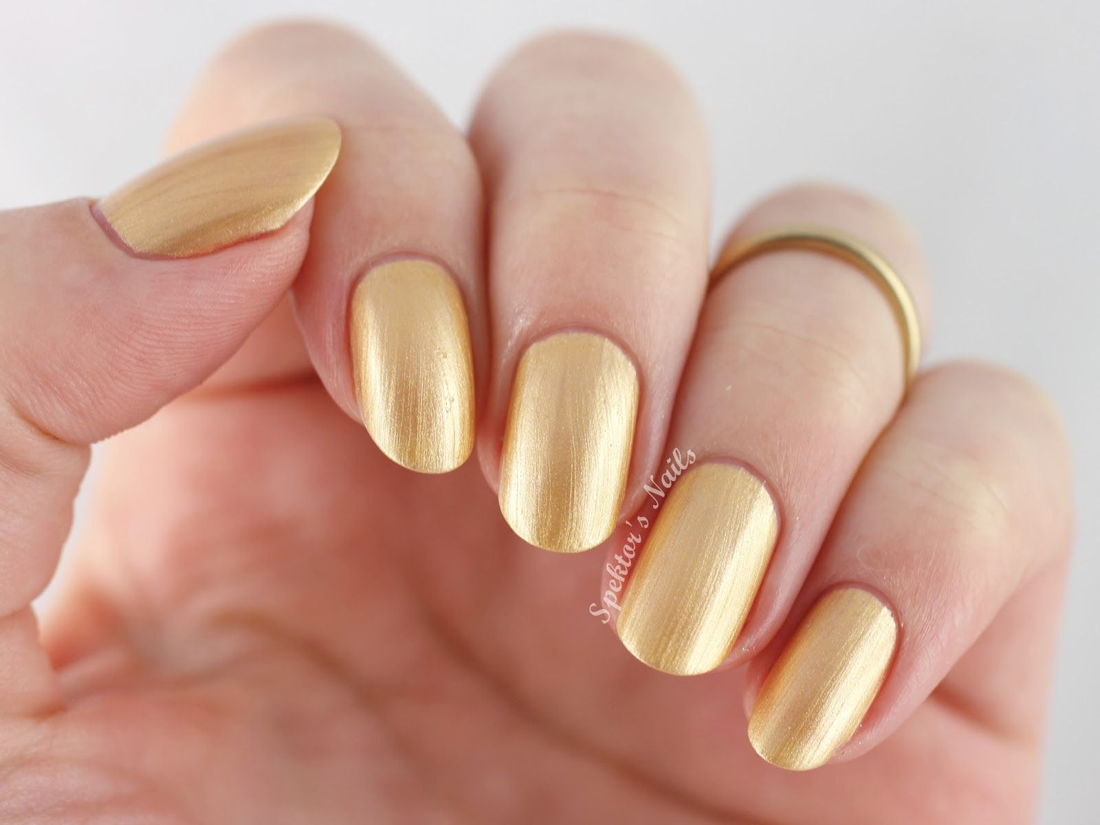 OPI Holiday 2014 Rollin' in Cashmere