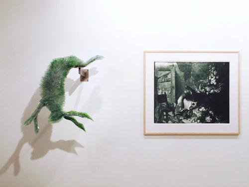 Marta-Klonowska-Animal-Glass-Shard-Sculpture-Large-Kitchen-Still-Life-after-Michel-de-Bouillon-2a