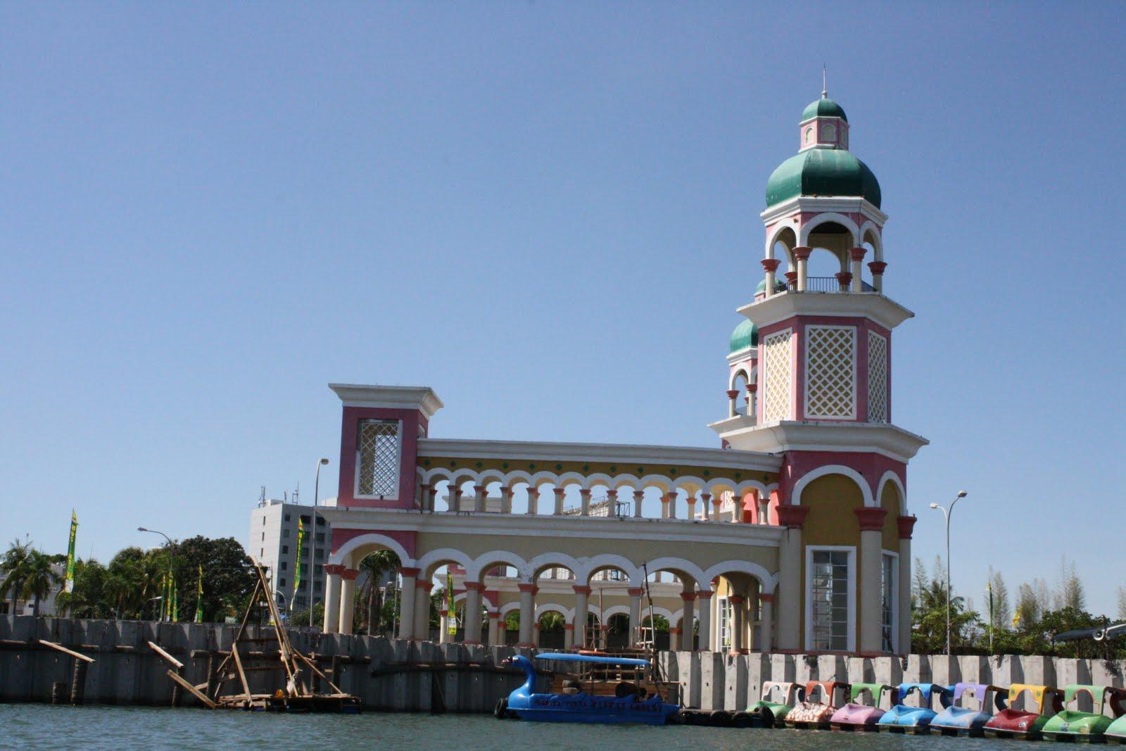 Hotels Booking in Makassar