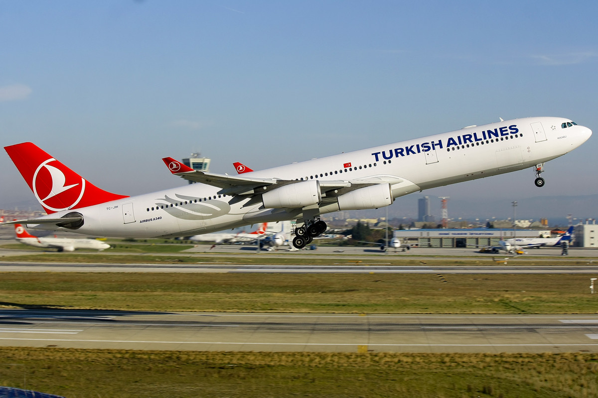 tc jih in new colours a340 turkish fleet news