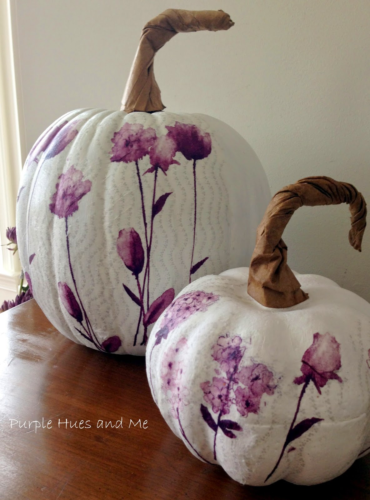 http://plumperfectandme.blogspot.com/2014/10/decoupage-paper-napkins-on-pumpkins.html