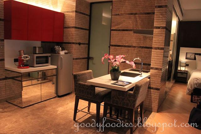 3 bedroom hotel kl two bedroom apartments grand rapids mi 2 ...