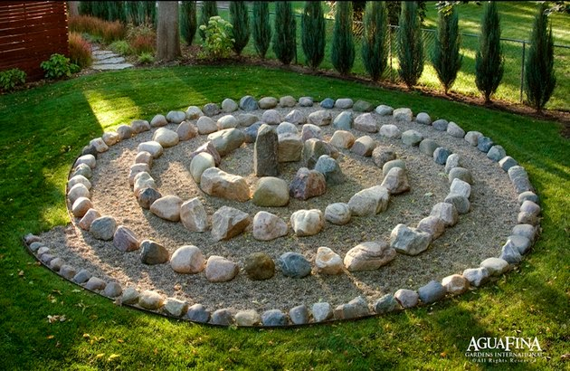 The Art Of Up Cycling DIY Garden Art Really Cool Garden Art