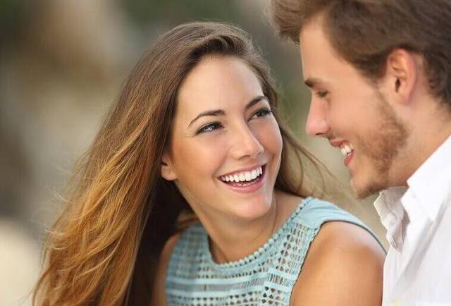 7 Alasan Pria Lebih Menyukai Wanita Dewasa