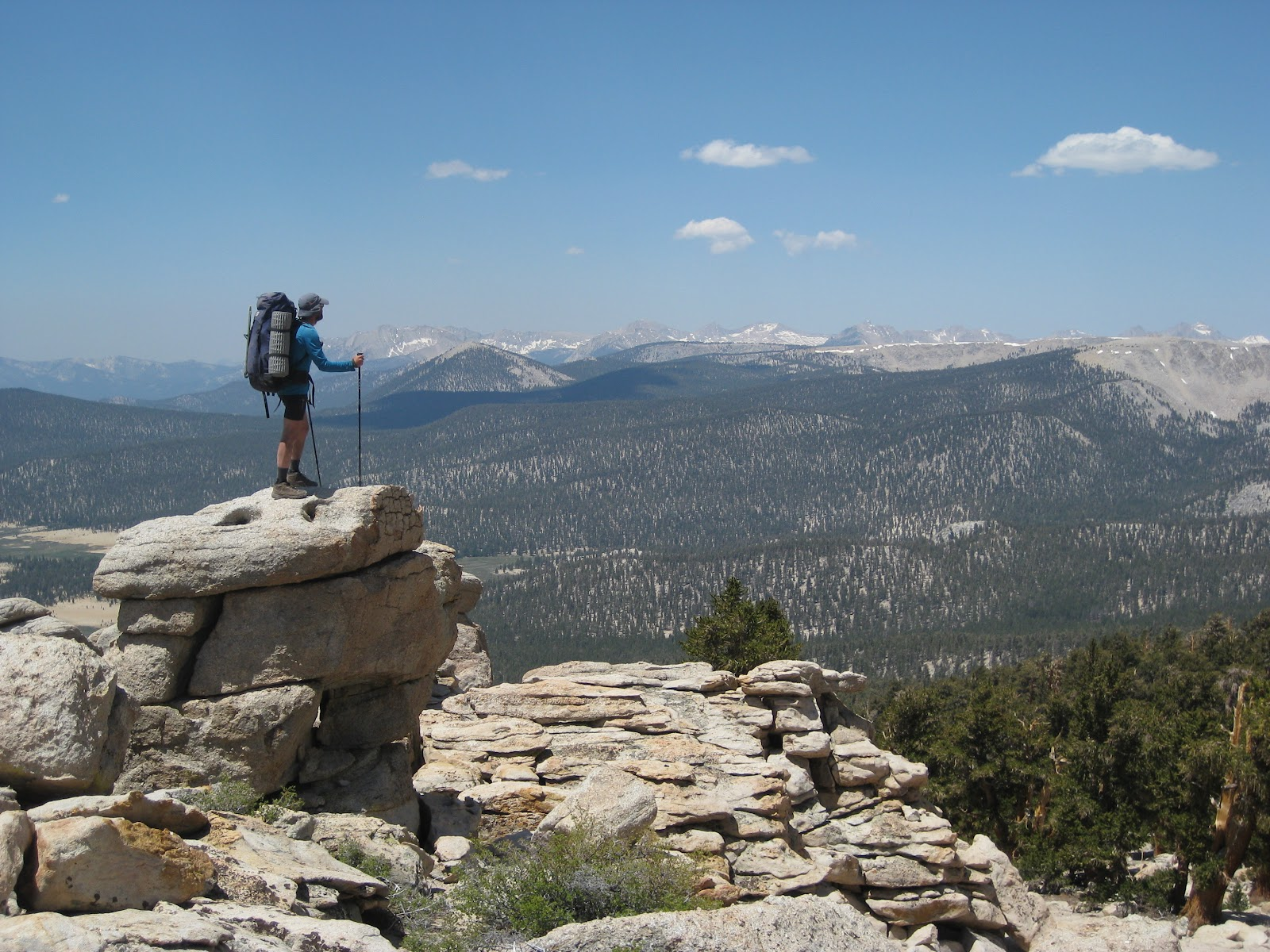 backpack45 on hiking the trail pacific crest trail - HD1600×1200