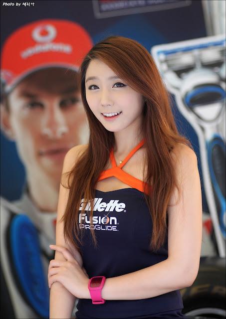 Kim-Ha-Eum-Gillette-F1-Promotion - Korean-Girls