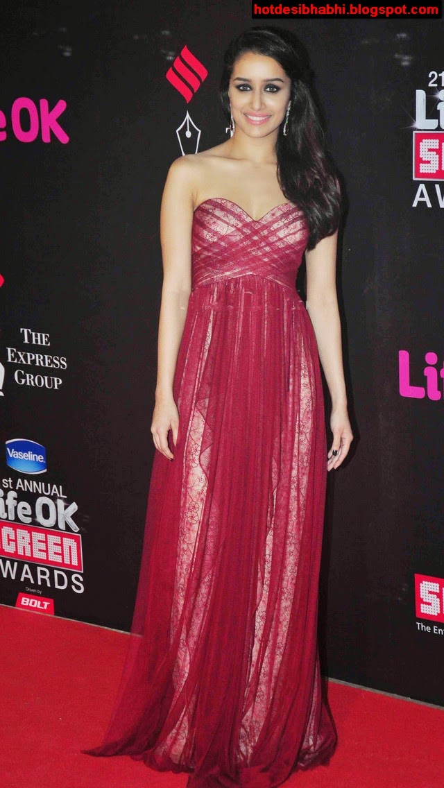 Hot Bollywood Actress Shraddha Kapoor Latest Hot Images