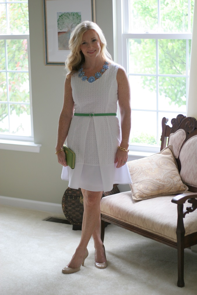 Francesca's, Gap, loren hope, Stella Dot, CWonder, Nine West, Boden, elizabeth and james, Tahari, LosPhoto, Simply Lulu Style, lulu looks, style tips, white lace dress