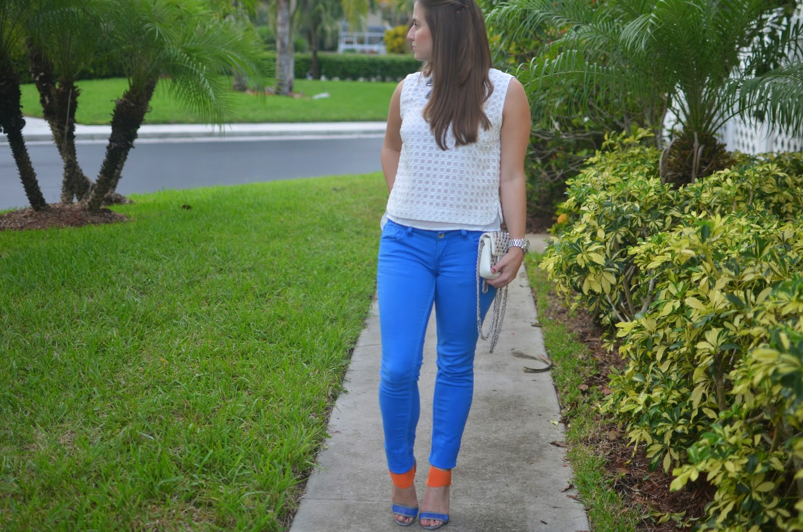 Cobalt jeans - Emma & Sophia - Statement Necklace - White top - studded bag