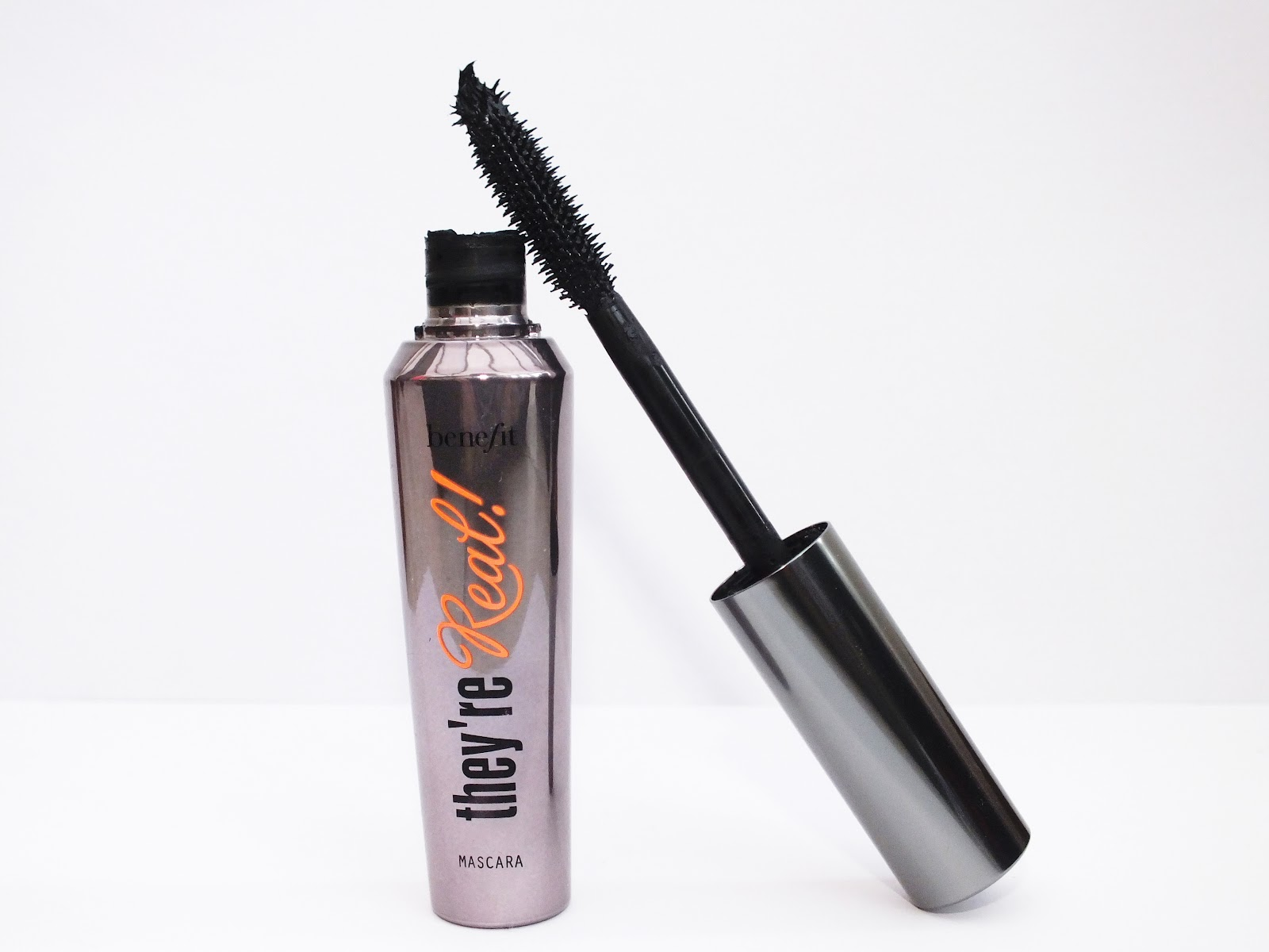 Benefit Eye Mascara hd image